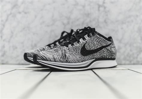 Nike Flyknit Racer Multicolor Premium Quality nike flyknit oreo harga