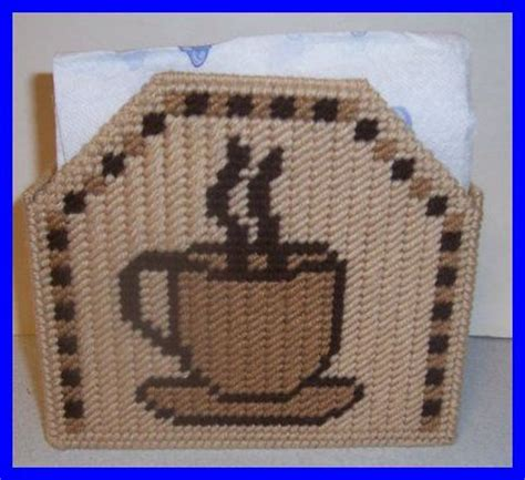 wood pattern napkins 17 best images about plastic canvas napkins holders on
