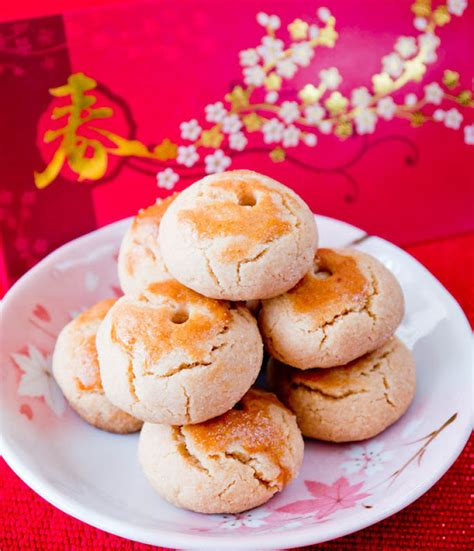 recipe for new year cookies and donuts new year almond cookies