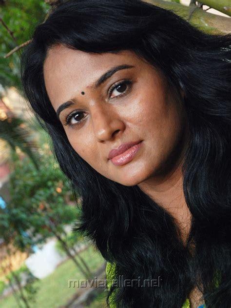 Anupama Nadella Also Search For Anupama Nadella Anupama Images Pictures Photos Icons