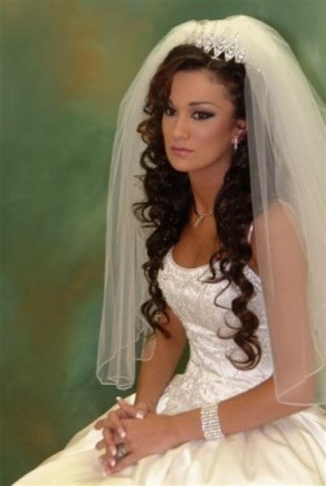 bridal hairstyles 2014 for long hair with veil 022 life