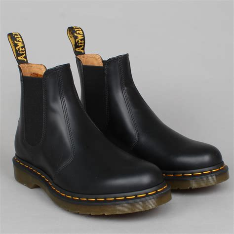 dr martens chelsea boot dr martens 2976 chelsea boot black buy now