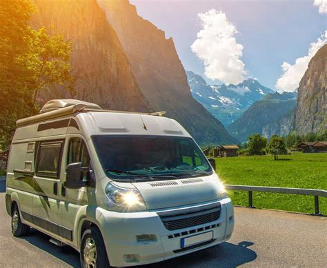 Small RV Lifestyle   Digital Nomad Full Timing In A Class C RV