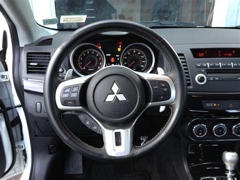 Mitsubishi Lancer 2013 Interior by 2013 Mitsubishi Lancer Pictures Cargurus