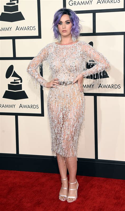 2015 grammy awards red carpet upi com 2015 grammy awards katy perry and her purple hair hit the