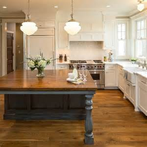 Farmhouse Kitchen Island 1000 Ideas About Blue Grey Rooms On Gray Rooms Grey Room And Blue Grey