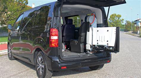 toyota proace verso trasporto disabili focaccia group