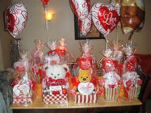 valentines basket ideas for gift baskets great gift craft ideas