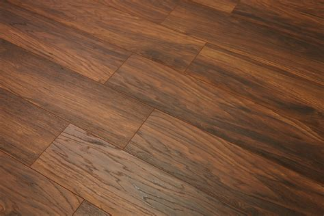 8228 1 12mm New England Oak laminate flooring 26.68SQFT