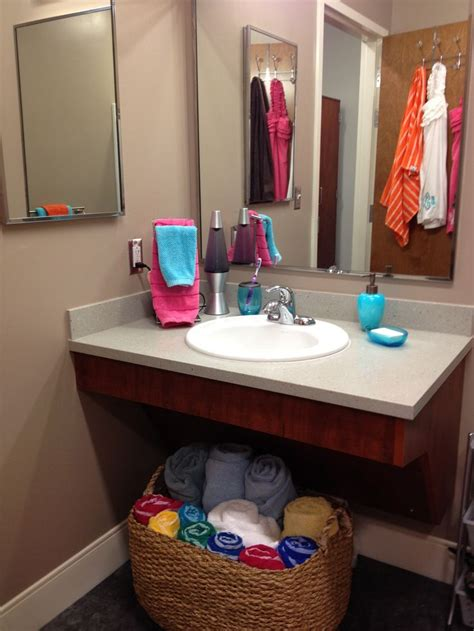dorm bathroom ideas 67 best images about mississippi state university dorm