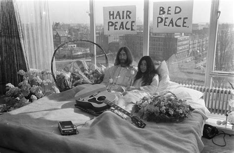 bed peace file bed in for peace amsterdam 1969 john lennon yoko
