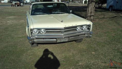 1966 chrysler 300 v8 auto new paint rust free