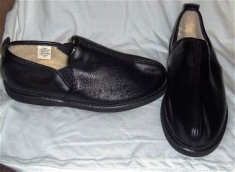 mens hush puppies haband style house slippers shoes 9 nwob