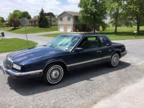 Buick Riviera 1993 1993 Buick Riviera Luxury Coupe 2 Door 3 8l No Reserve For