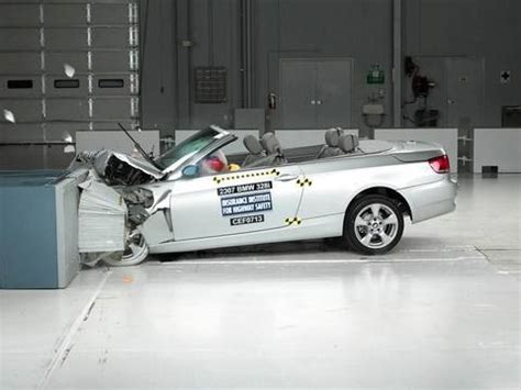 Bmw 1 Series Crash Test by 2007 Bmw 3 Series Convertible Moderate Overlap Iihs Crash