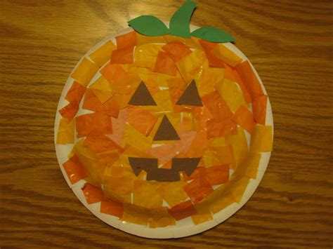 Paper Plate Pumpkin Craft - toddler approved great pumpkin paper plate masks