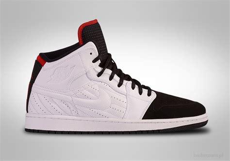 Sepatu Basket Nike Air 1 Black Toe nike air 1 retro 99 black toe for 102 50 basketzone net