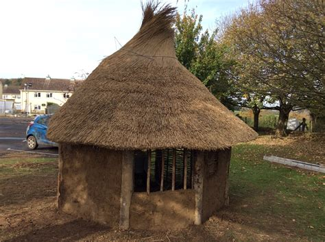 build  anglo saxon house   school edwards eve  building