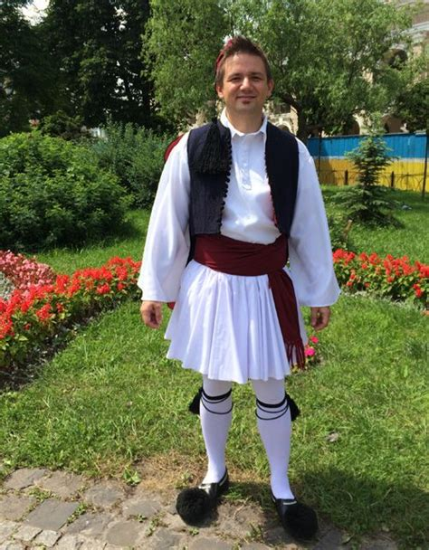 when did color begin traditional costume of greece when did begin to