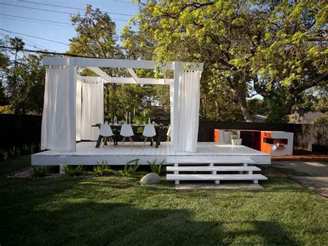 Simple And Easy Backyard Privacy Ideas Midcityeast Design Ideas For Small Backyards