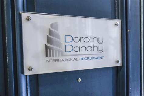 Cabinet Recrutement Assistanat by Cabinet Dorothy Danahy Recrutement Assistanat 224
