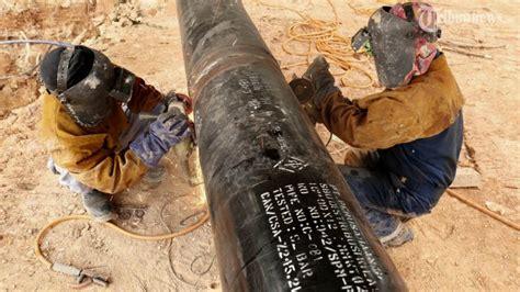 Pipa Tanah pgn pasang sejuta sambungan gas rumah tangga tribunnews