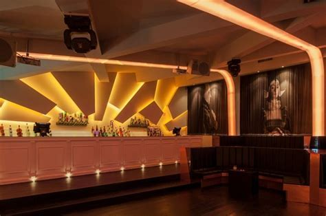 Eskada Porto   Nightclub for Urban Sophisticates