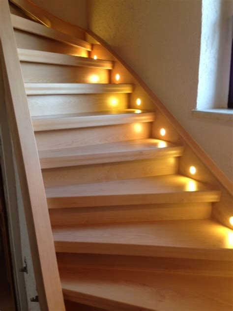 treppen verschönern alte treppe idee