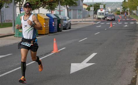 el maraton de logrono convertira sus kilometros en ayuda  la cruz roja  el banco alimentos