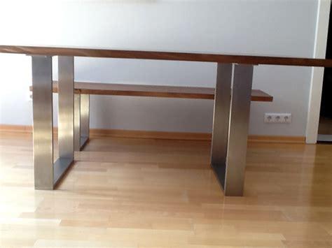 esszimmertisch mit sitzbank kufen esstisch talca mit gestell aus pulverbeschichtetem stahl