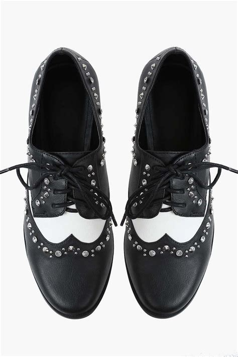 shoes similar to oxfords oxford shoe in black 187 i had a similar pair when