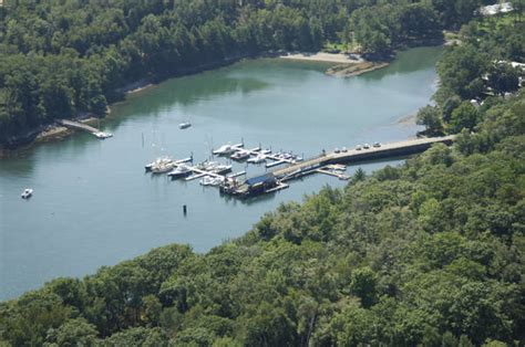boat basin restaurants names diamond s edge restaurant marina in portland me united