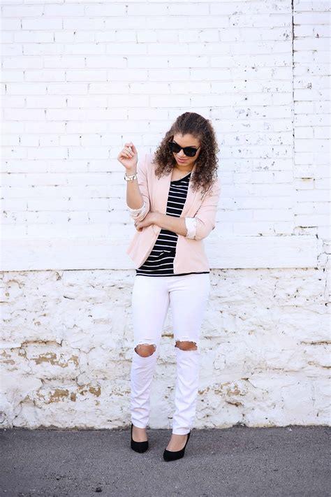 fashion blogger poses  dont  sense  chic
