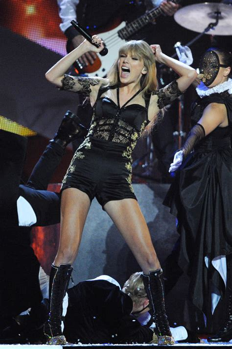 taylor swift reputation tour 23rd june taylor swift adds more dates to reputation stadium tour