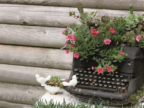 imagenes de jardines con reciclado 15 brillantes ideas para reciclar tus viejos muebles y