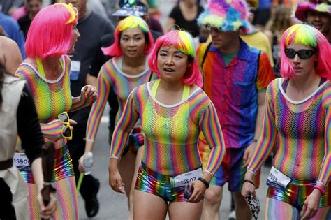 color run sf security quickly takes charge at annual bay to breakers