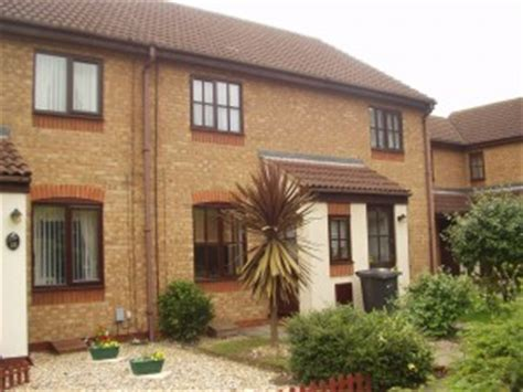 2 bedroom house for rent in bedford 2 bedroom house for rent in goldington bedford rentals