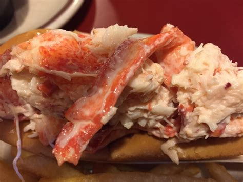 lobster boat merrimack nh coupons lobster boat restaurant 26 photos 56 reviews seafood