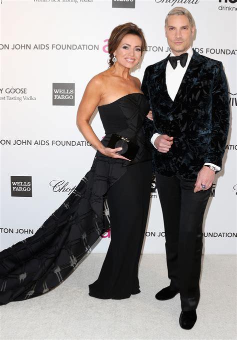 Elton Aids Foundation Oscar Portia De by Robertson And Cameron Silver Photos Photos 21st