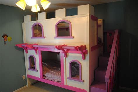 Princess Bunk Bed Castle Princess Castle Bunk Beds Diy Projects Around The Home Pinterest Beds This