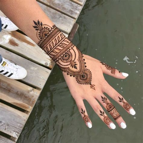 henna tattoo hand entfernen 25 best ideas about henna on henna