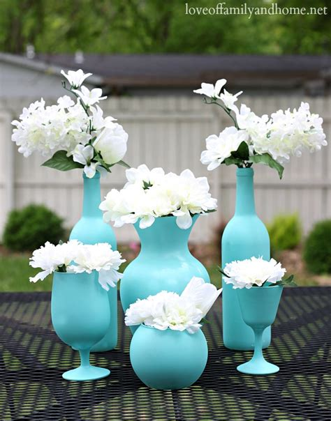 Easy Inexpensive Centerpiece Ideas Spray Painted Vases Cheap And Easy Centerpieces