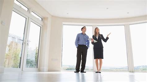 chi deve iscriversi alla di commercio agente immobiliare e diritto alla provvigione immobilia
