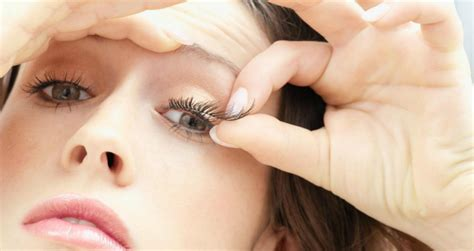 how to remove eyelash extensions stylewe