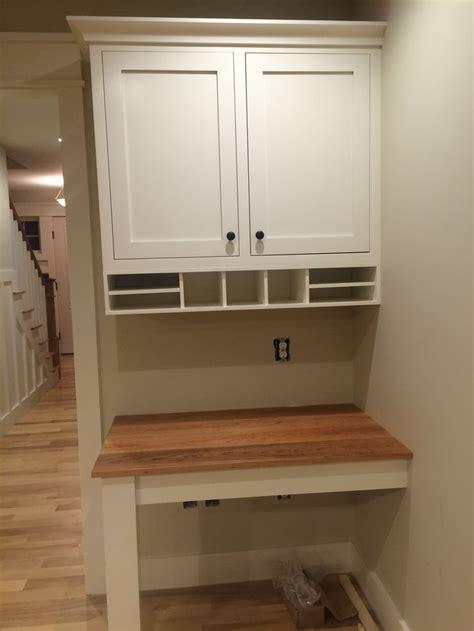 kitchen desks built in best 25 built in desk ideas on