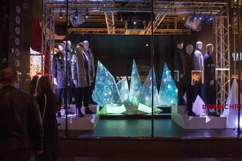 most impressive 3 d chistmas display topman employs projection mapping tech for 3d animated window display news retail week