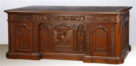 White House Oval Office Desk Presidential Collection And White House Memorabilia Of Mr Bonner Arrington To Be Auctioned