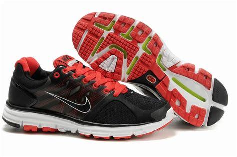Nike Lunarglide 2 nike lunarglide 2 mens black white nike lunarglide 2