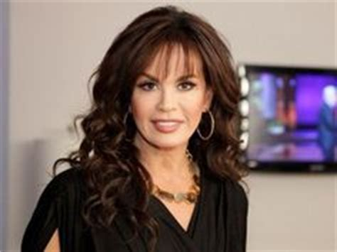 marie osmond hairstyles feathered layers marie osmond s haircut new doos pinterest shoulder