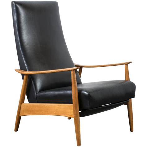 milo recliner vintage mid century leather recliner by milo baughman at
